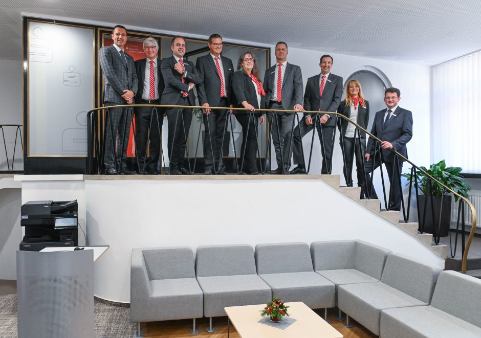 Eröffnung des neuen Vermögensmanagement-Centers am Wilhelm-Leuschner-Platz in Langen