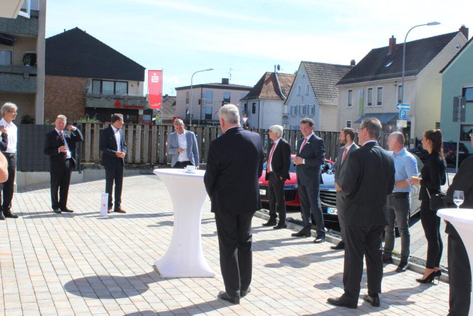 Neueröffnung des Individualkunden-Centers in Hainburg