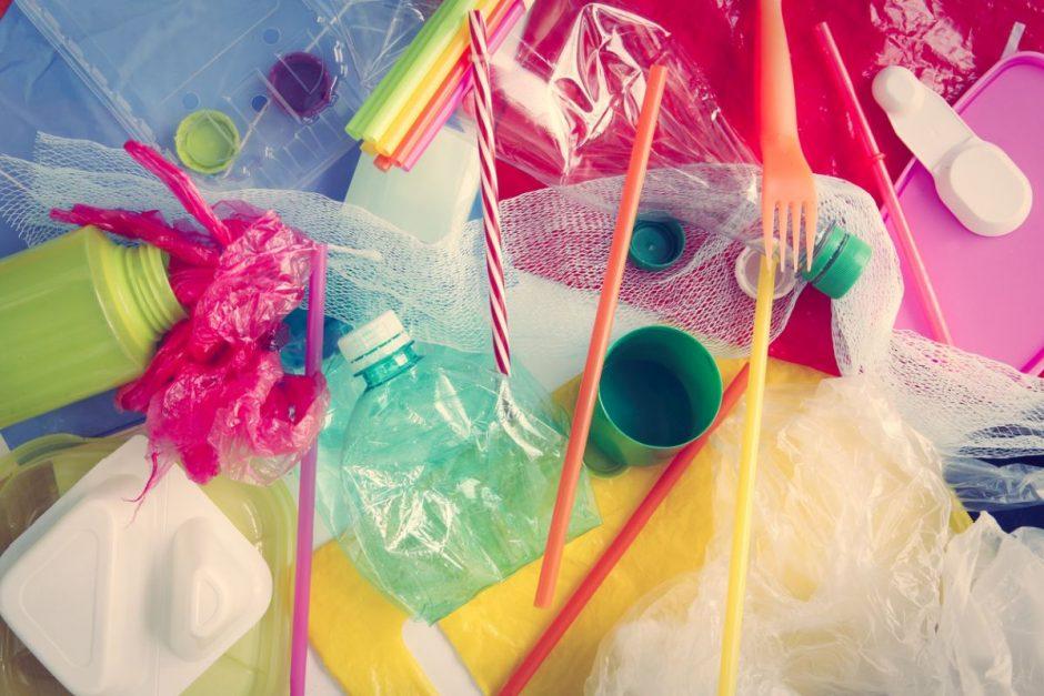 Der Umwelt zuliebe weniger Plastik mitkaufen